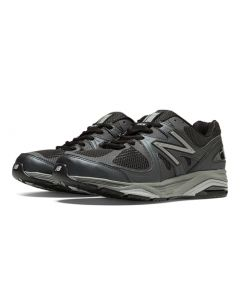 New Balance 1540v2 Men's Running Shoe - Black with Silver