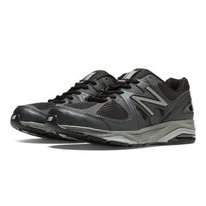 New Balance 1540v2 Men's Running Shoe - Black with Silver
